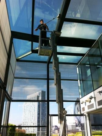 glass atrium cleaning
