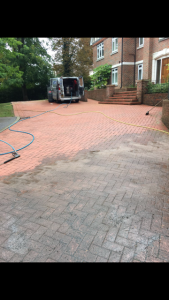 Jetwashing forecourt